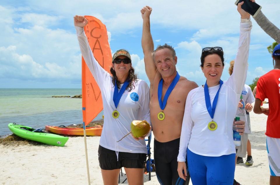At the finish line with my amazing teammates: Carolina Jones and Ricky Arriola